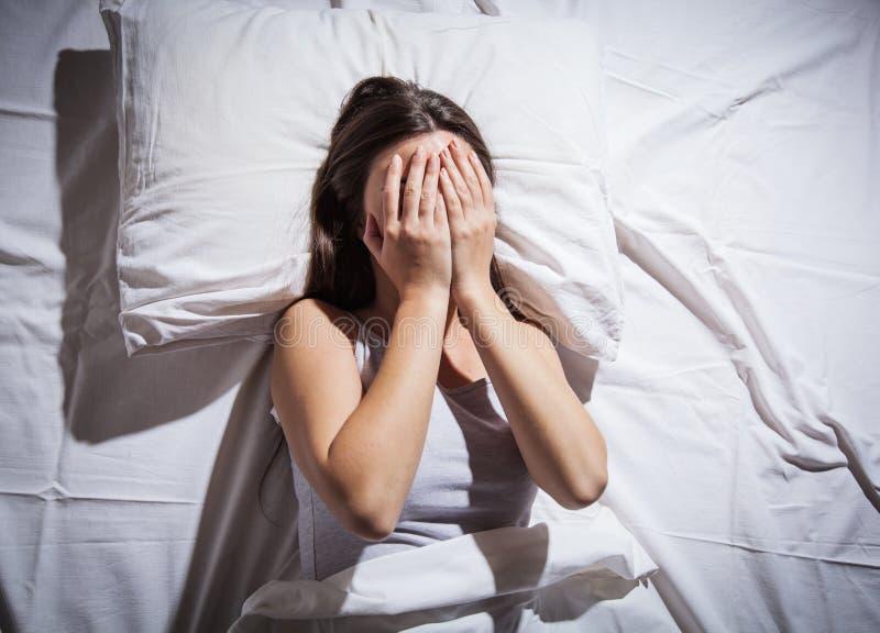 Mulher deprimida da insônia foto de stock royalty free