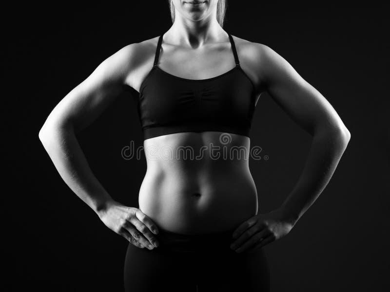 Mulher do ajuste com corpo livre gordo perfeito Aptidão, exercício e conceito da dieta imagem de stock royalty free