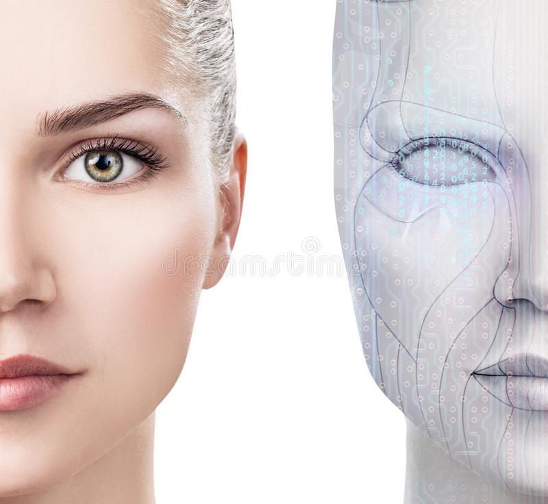 Mulher do Cyborg com a pe?a da m?quina de sua cara fotografia de stock royalty free