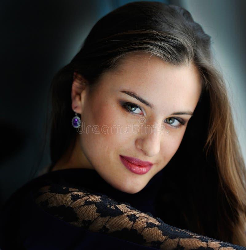 Mulher do retrato fotografia de stock royalty free
