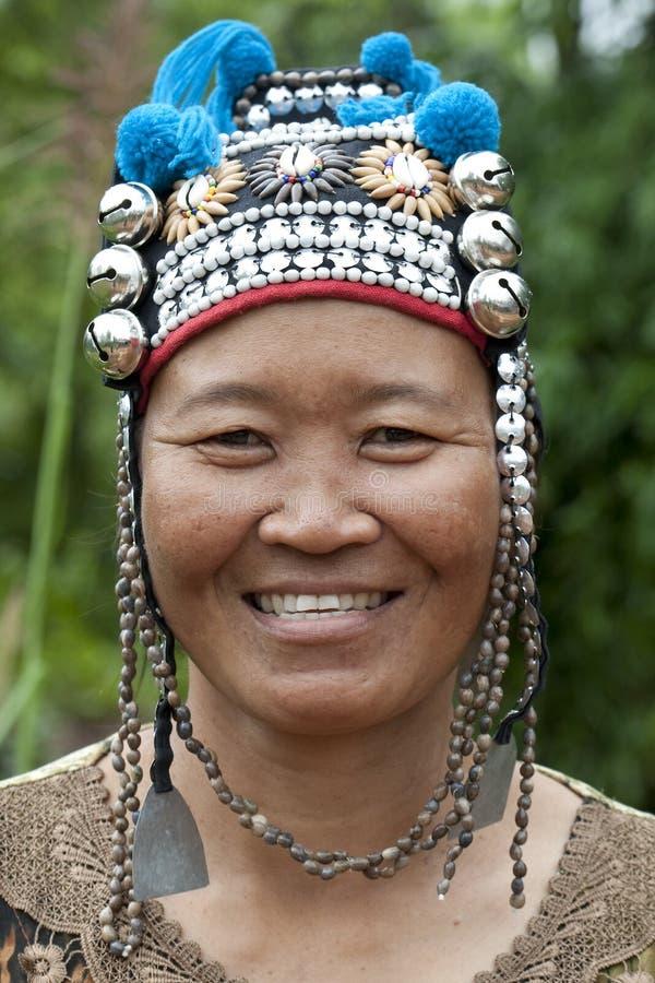 Mulher do retrato de Ásia, Akha imagem de stock royalty free
