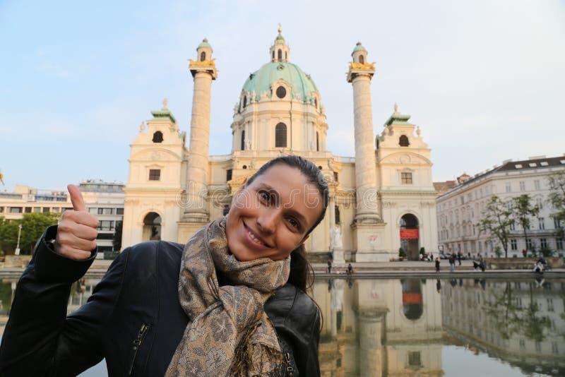 Mulher do viajante de Viena imagens de stock royalty free