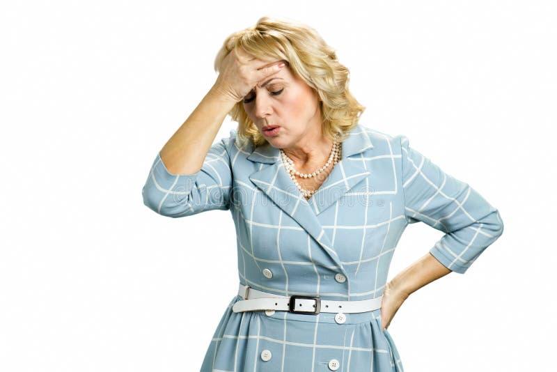Mulher doente da branco-pele com dor de cabeça do stong imagens de stock