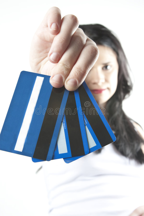Mulher dos cartões de crédito foto de stock