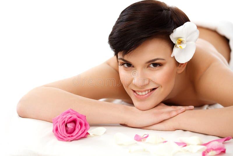 Mulher dos termas Close-up de uma mulher bonita que obtem o tratamento dos termas imagens de stock royalty free