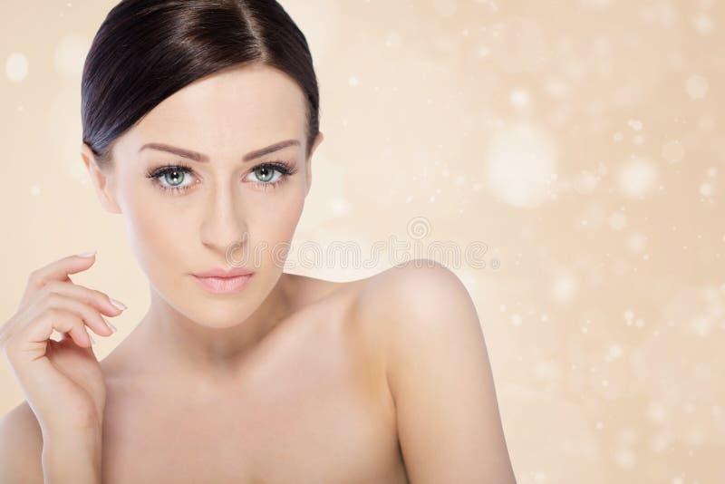 Mulher dos termas da beleza imagem de stock royalty free