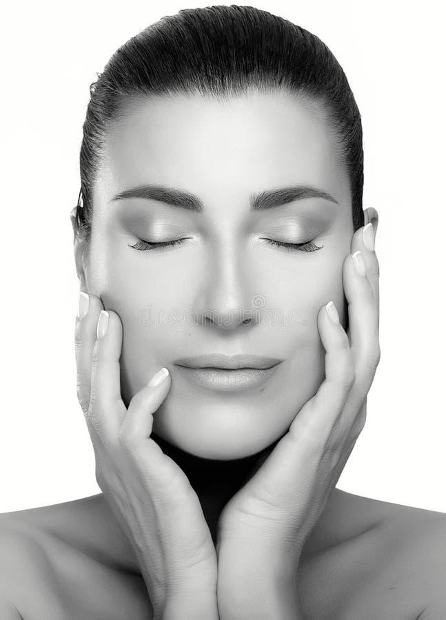 Mulher dos termas da cara da beleza Skincare e conceito antienvelhecimento imagem de stock