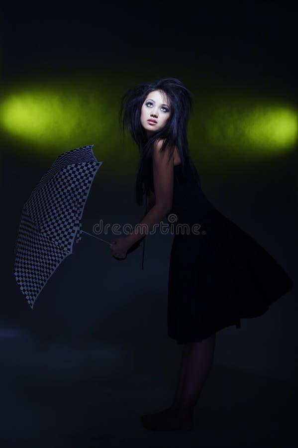 Mulher e guarda-chuva foto de stock royalty free