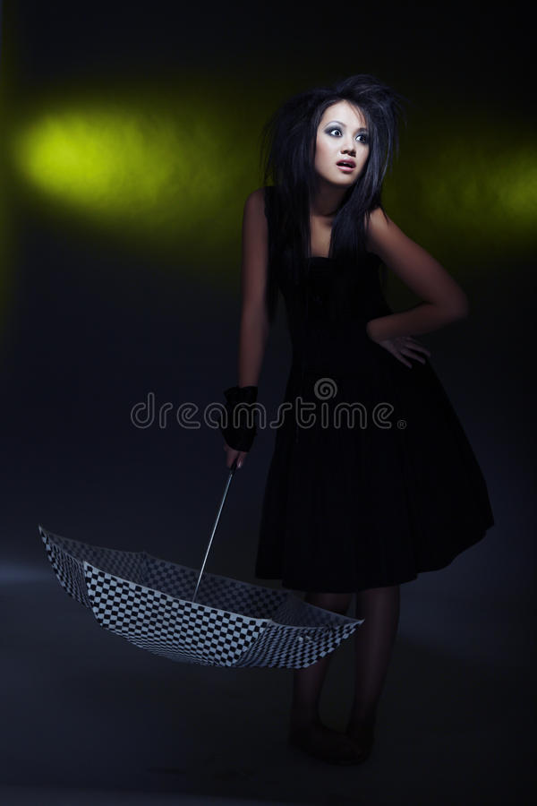 Mulher e guarda-chuva imagem de stock royalty free