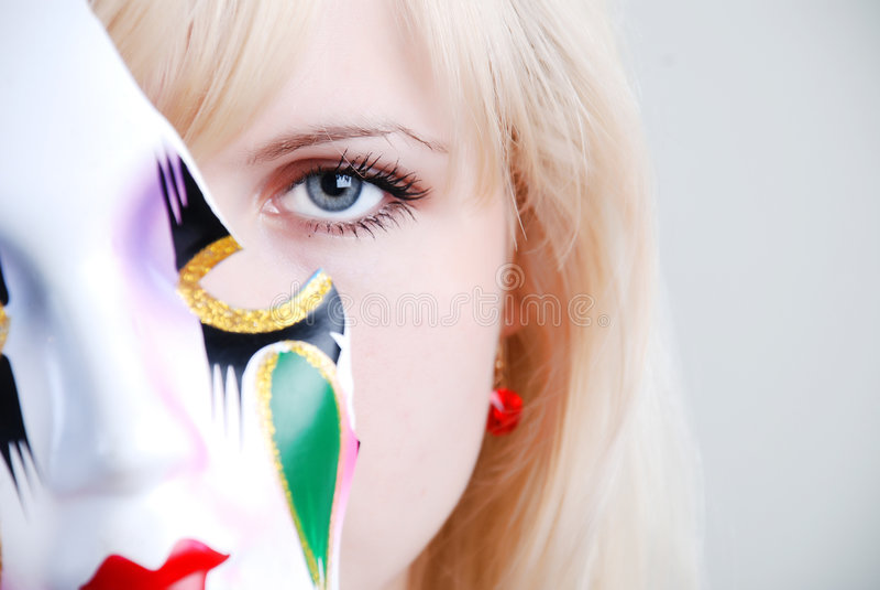 Mulher e máscara imagem de stock