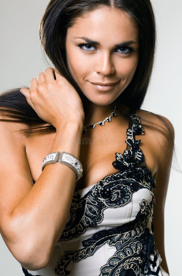 Mulher elegante bonita fotografia de stock royalty free
