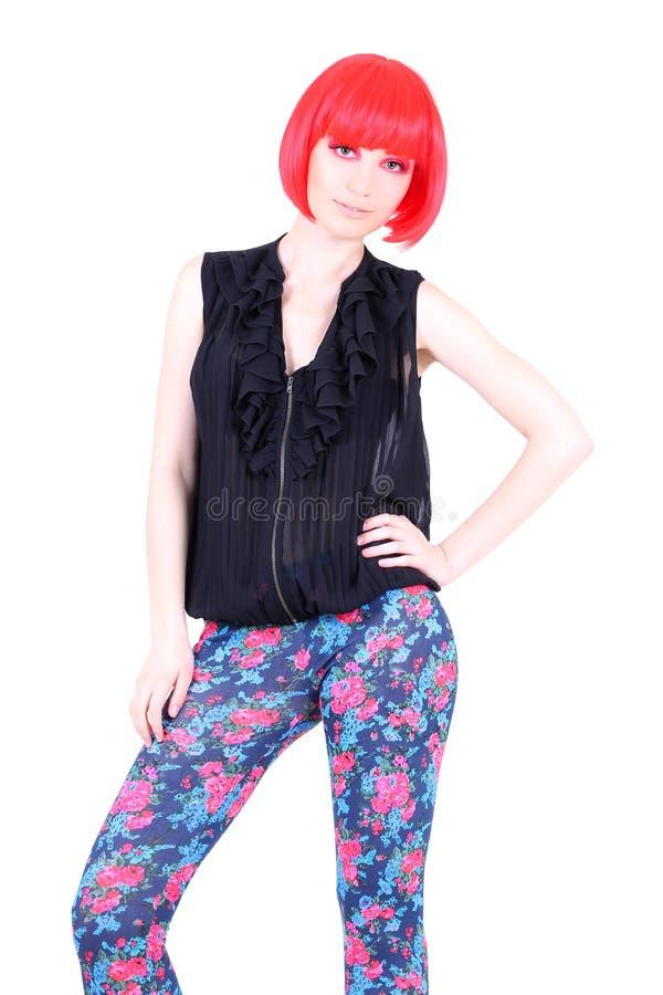 Mulher elegante no levantamento vermelho da peruca imagens de stock