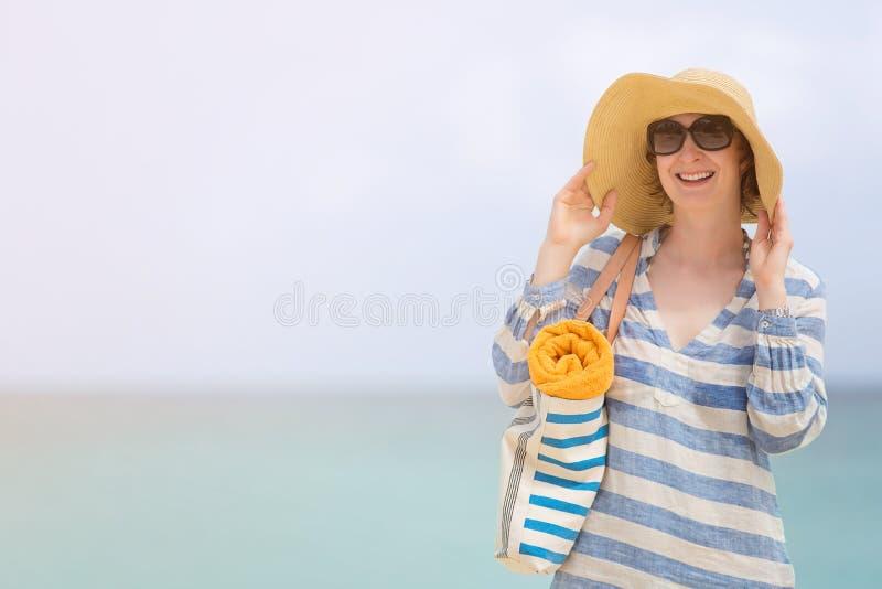 Mulher em férias imagens de stock royalty free