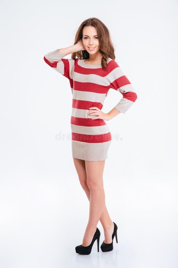Mulher encantador feliz que levanta no vestido fotos de stock royalty free