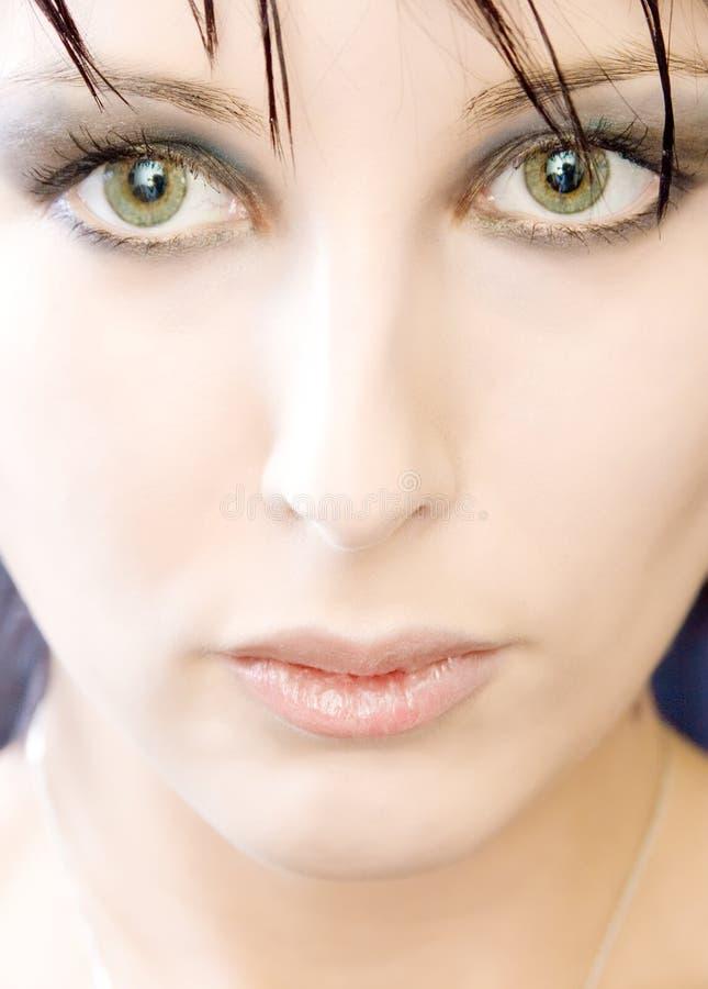 Mulher eyed verde bonita fotos de stock