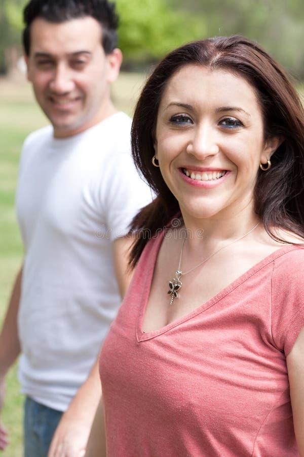 Mulher feliz com seu marido imagem de stock royalty free