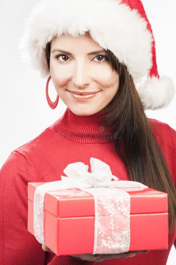 Mulher feliz que comemora a noite de Natal fotos de stock
