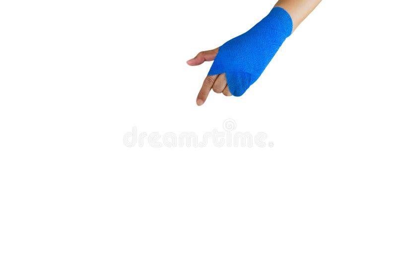 mulher ferida com a atadura elástica azul disponível isolada no whit imagem de stock