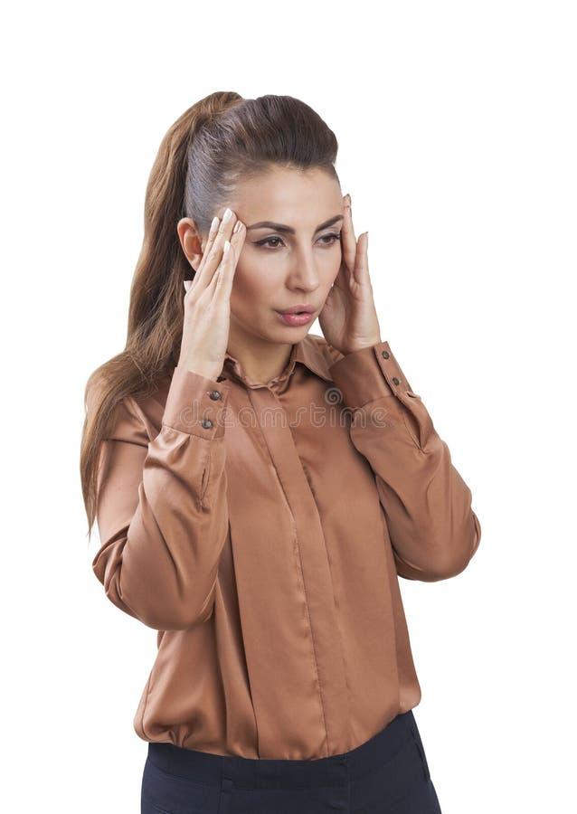 Mulher forçada em uma blusa marrom fotos de stock