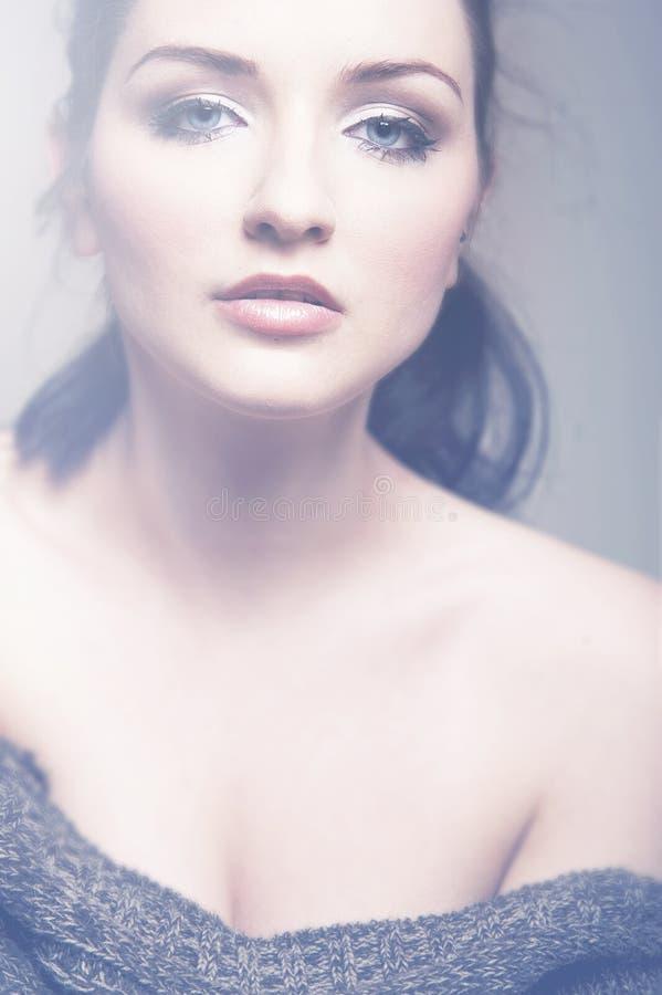 Mulher glamoroso do vintage imagens de stock royalty free