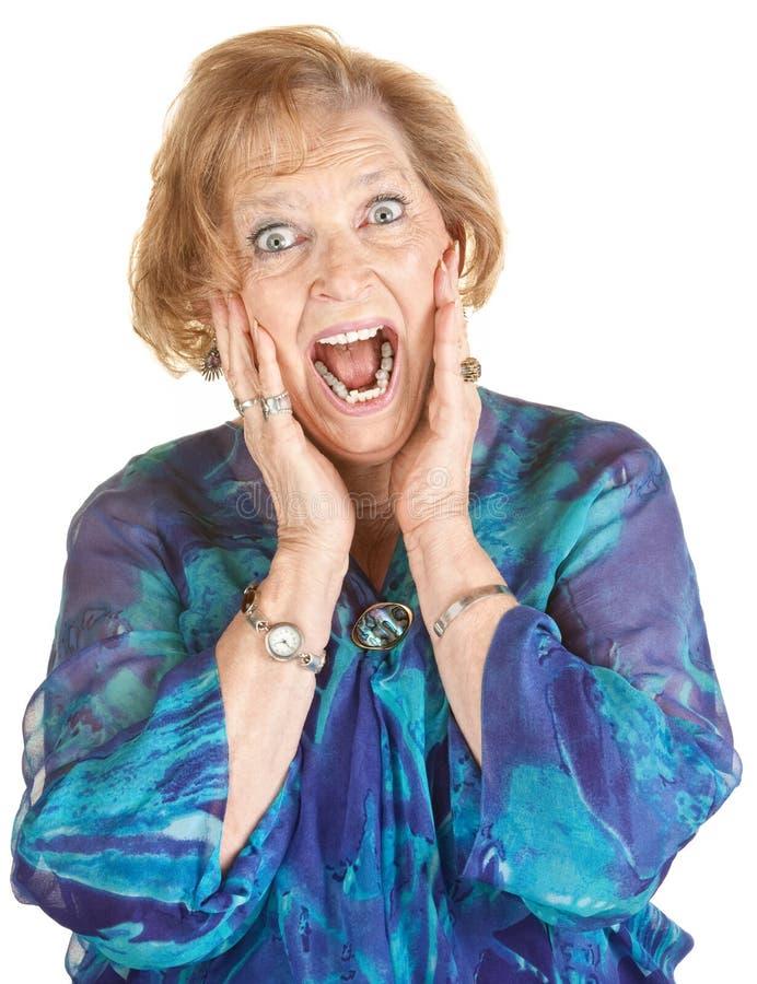 Mulher idosa amedrontada foto de stock