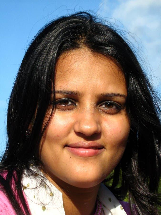 Mulher indiana de sorriso foto de stock