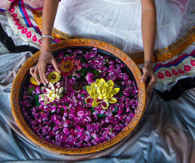 Mulher indiana no festival de Diwali foto de stock royalty free