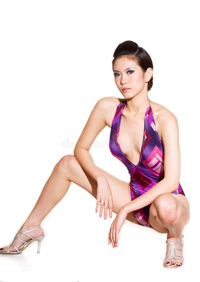 Mulher lindo no swimsuit fotografia de stock royalty free