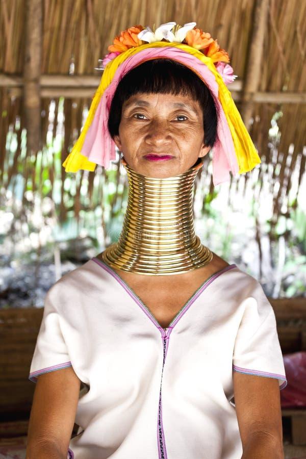 Mulher longa do pescoço em Tailândia fotos de stock