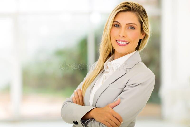 Mulher loura nova fotos de stock