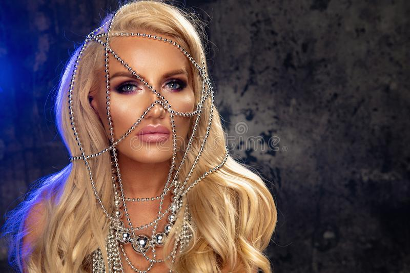 Mulher loura sensual foto de stock royalty free