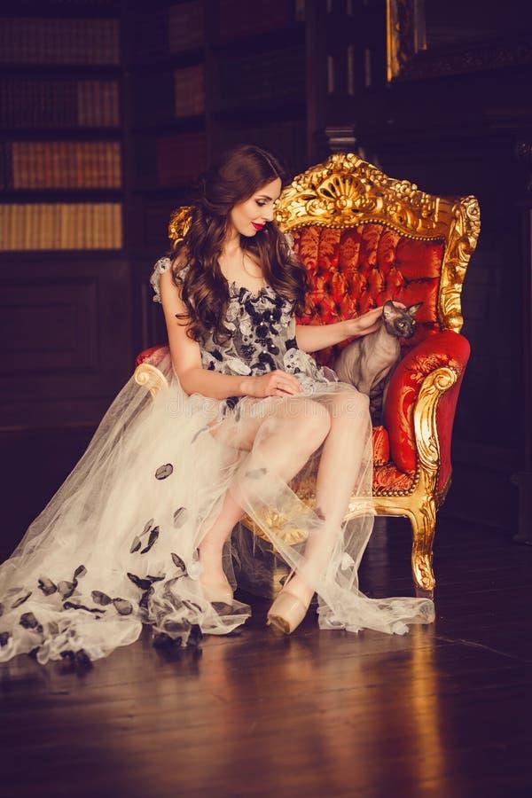 Mulher luxuoso imagem de stock
