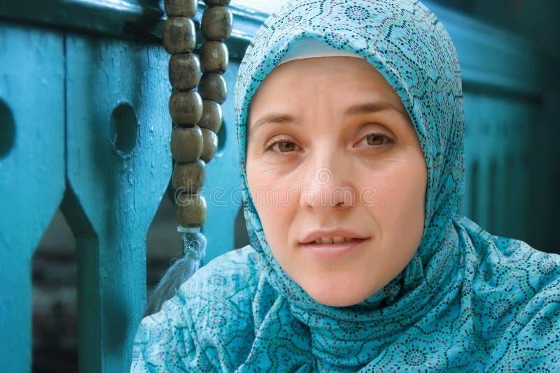 Mulher muçulmana islâmica imagem de stock