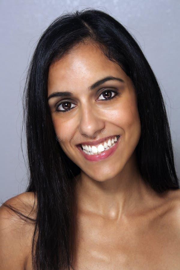 Mulher Multiracial nova bonita Headshot (1) fotografia de stock