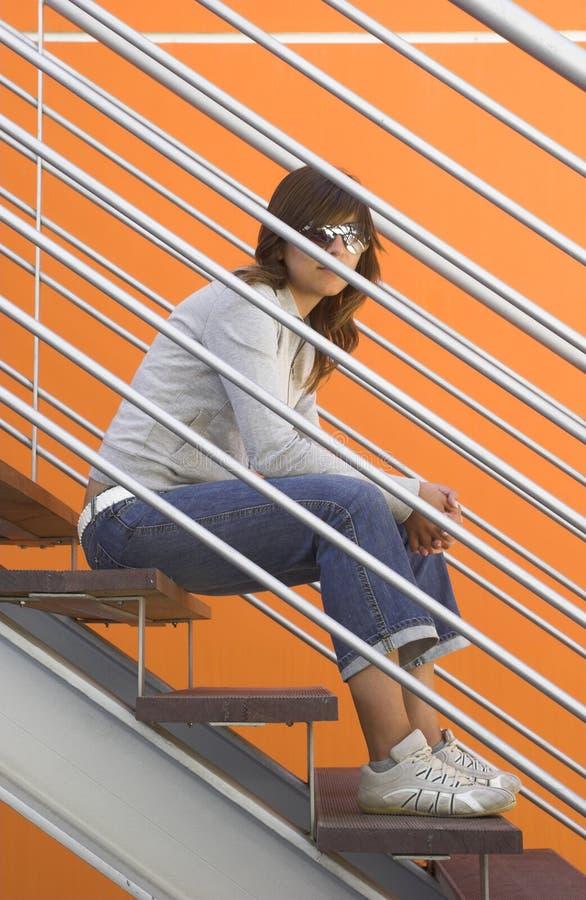 Mulher na laranja imagens de stock royalty free
