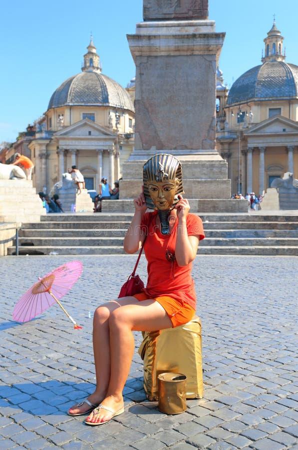 Mulher na máscara do pharaoh egípcio foto de stock royalty free