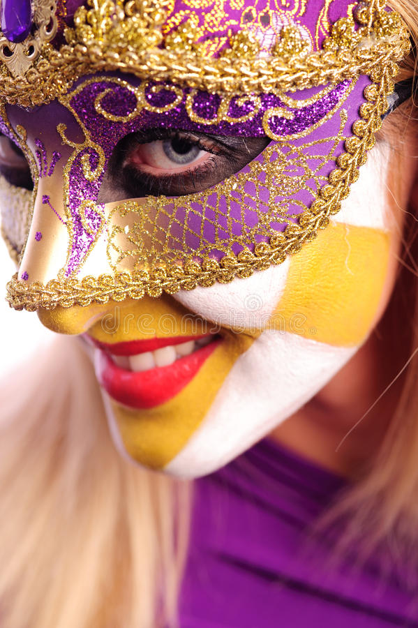 Mulher na meia máscara imagem de stock royalty free