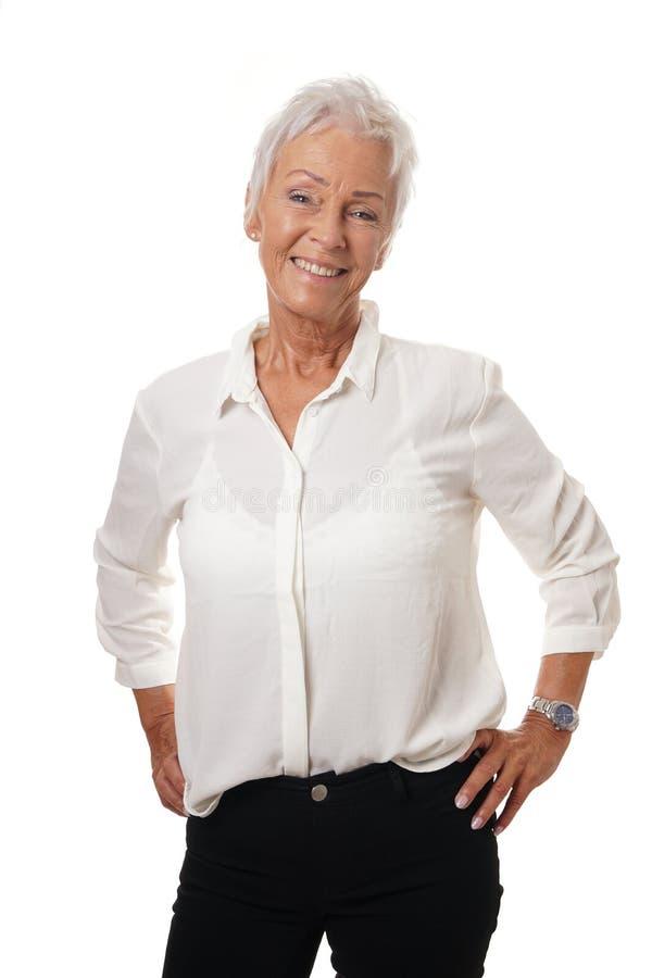Mulher na moda em seus anos sessenta foto de stock