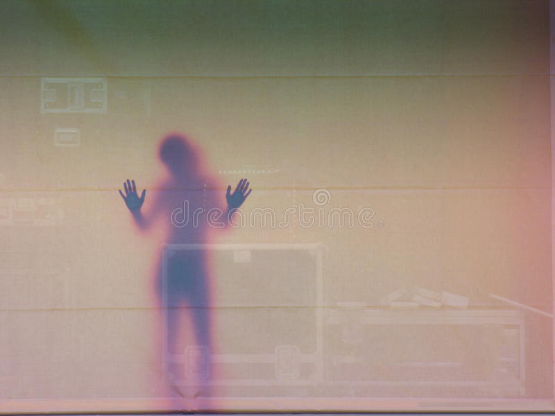 Mulher na parede, Sweden imagens de stock