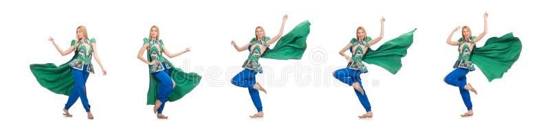 A mulher na roupa verde oriental isolada no branco fotos de stock royalty free