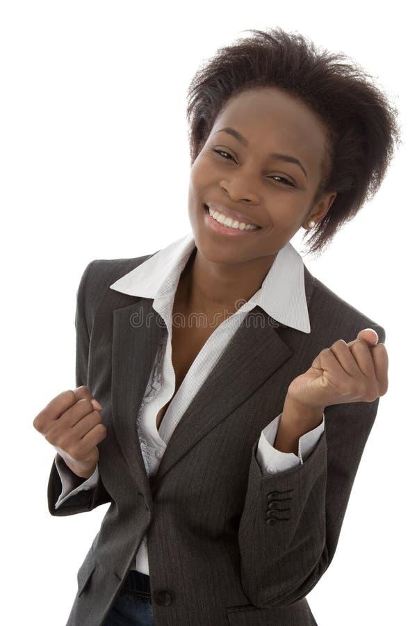 Mulher negra afro-americana isolada feliz bem sucedida no negócio imagem de stock