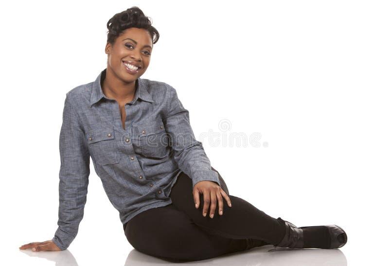 Download Mulher ocasional imagem de stock. Imagem de africano - 29828105