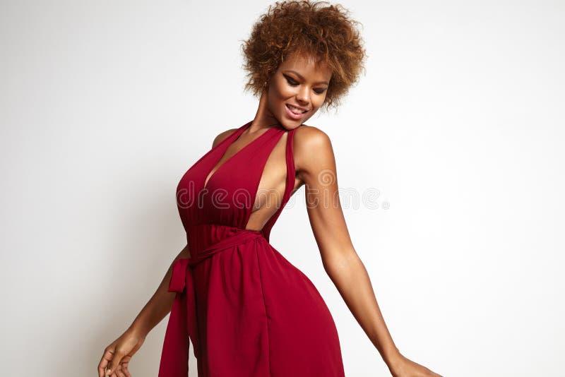 Mulher negra da dança imagens de stock royalty free