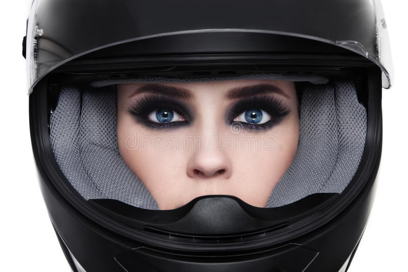 Mulher no capacete do motociclista foto de stock royalty free