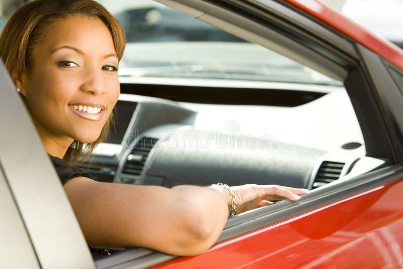 Mulher no carro fotografia de stock