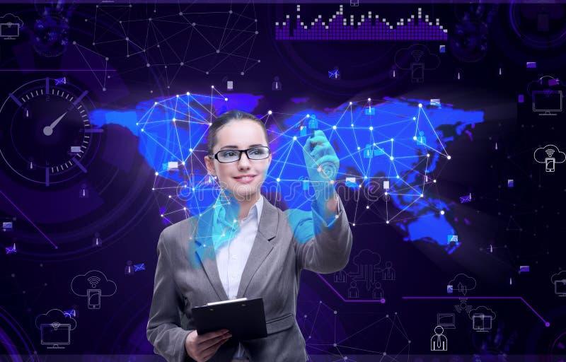 A mulher no conceito social da gestão de dados ilustração royalty free
