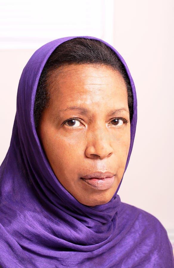 Mulher no hijab foto de stock