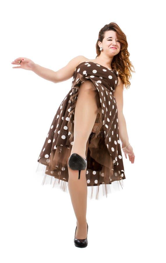 Mulher no retrocesso do vestido dos anos 50 imagens de stock royalty free