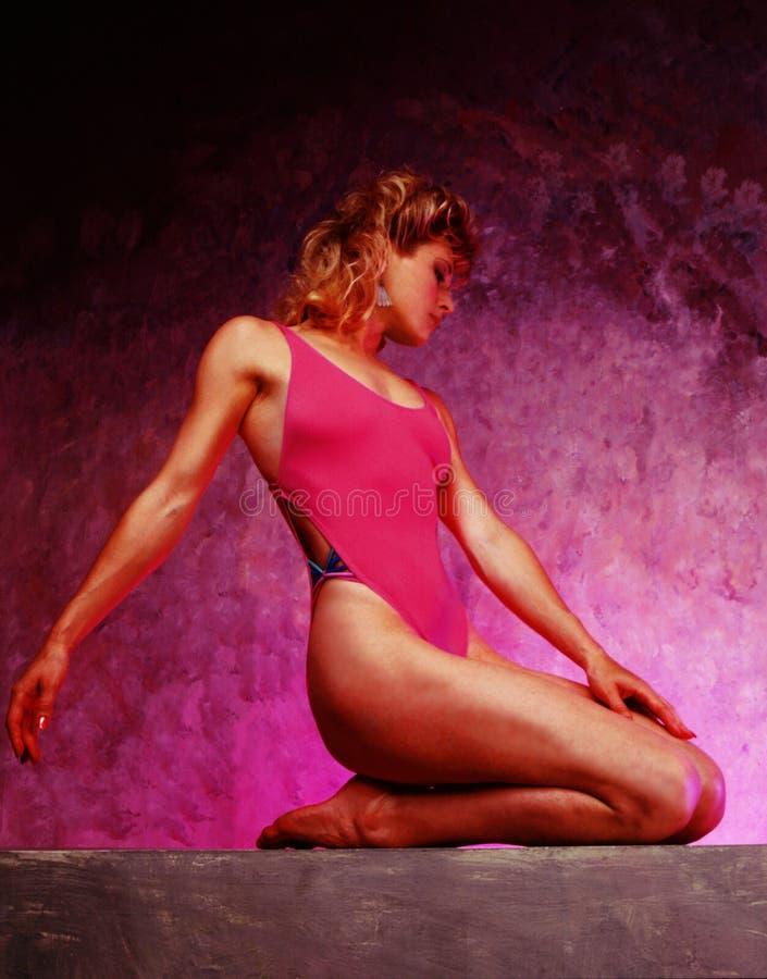 Download Mulher no Swimsuit foto de stock. Imagem de stylish, banhar - 61236