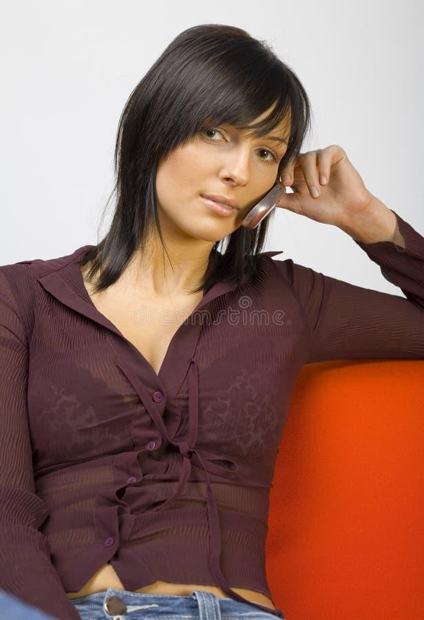 Mulher no telefone móvel fotos de stock royalty free
